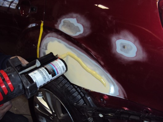 car-Body Filler Application (3)