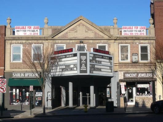 mamaroneck movie theatre