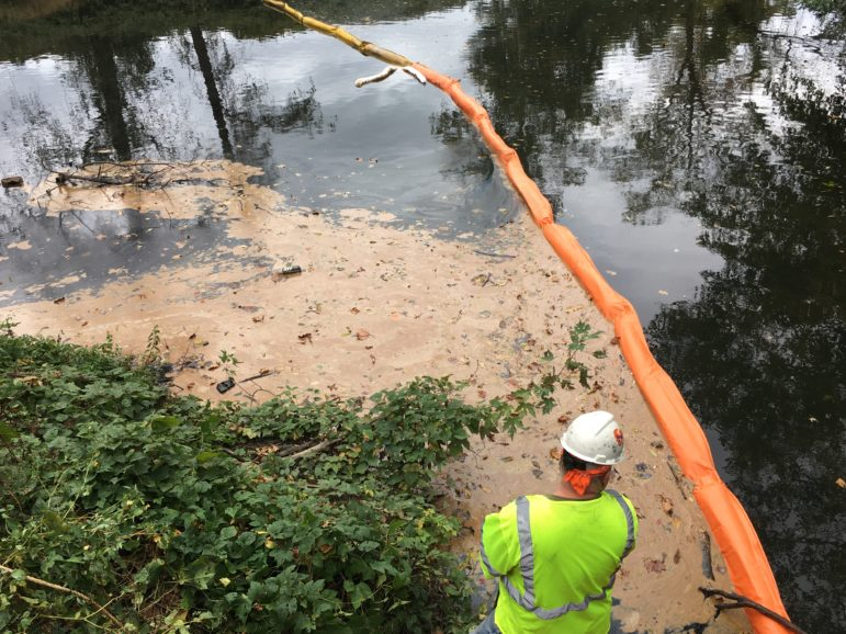 Grease cleanup on Mamaroneck River at Columbus Park