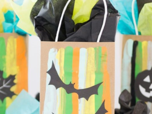 AUTUMN GRAB-n-GO: Teen Activity Projects @ Mamaroneck Public Library District |  |  |
