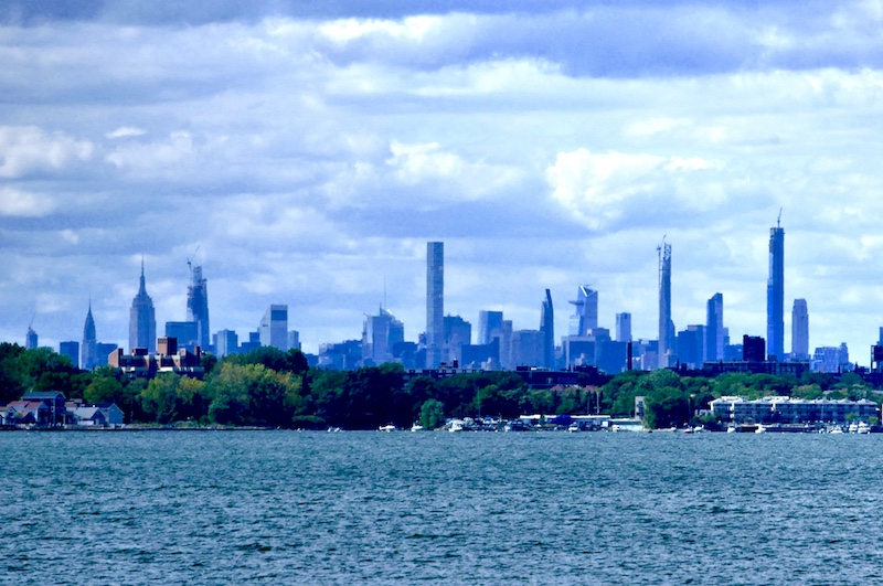 skyline from cityisland